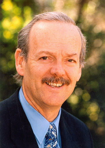Professor DonBursill - former CEO of the Cooperative Research Centre (CRC) for Water Quality and Treatment (1995-2005) and former Chief Scientist of the South Australian Water Corporation (1990-2005)